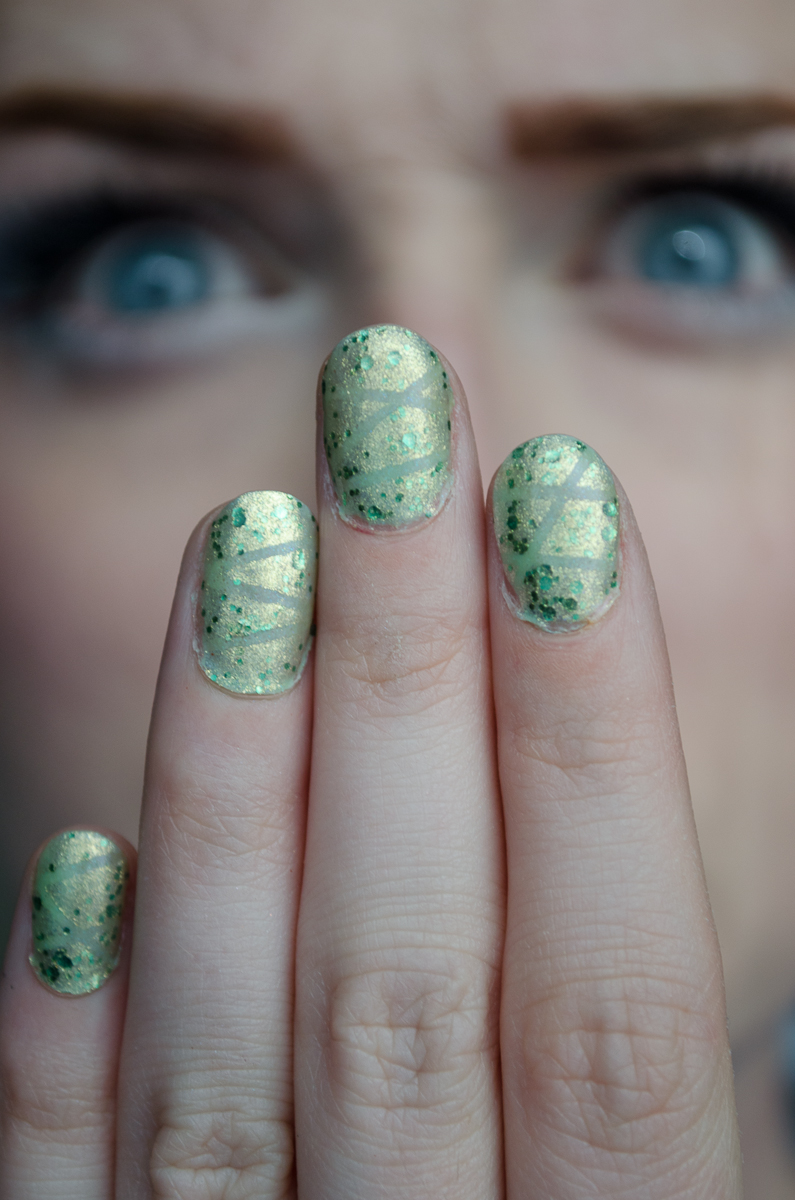 What\'s this? More nails? Green nails! | The Maquillage Magpie